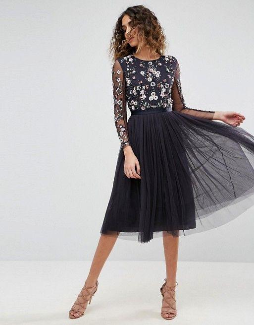 Falda de tul con top bordado para coctel
