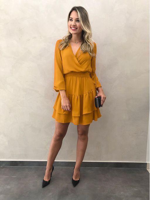 Vestido corto mostaza semi formal