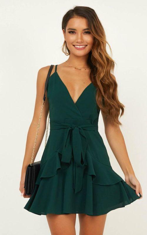 Vestido corto semi formal verde oscuro
