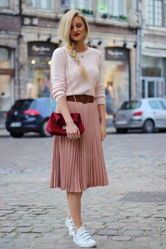 falda plisada para look noche casual