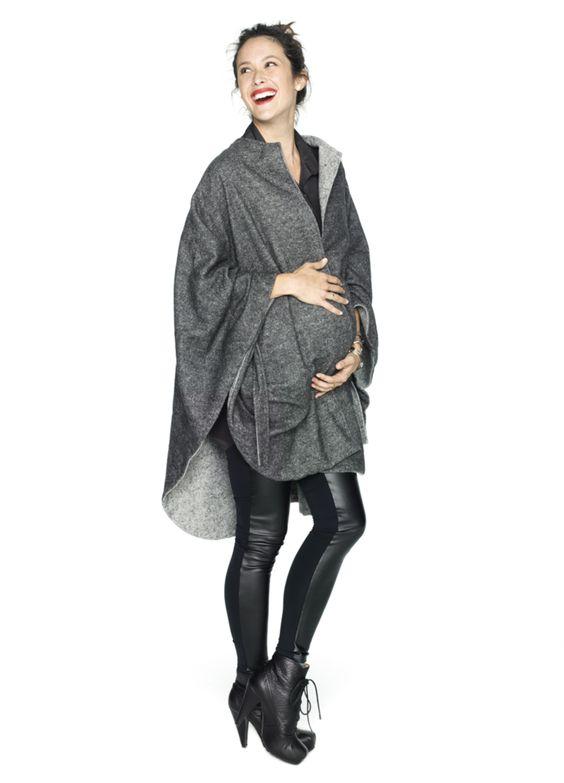 outfit con pantalon engomado para embarazadas
