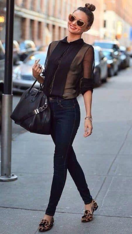 outfit en jeans para cena semiformal