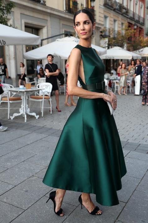 vestido para coctel etiqueta negra verde esmeralda