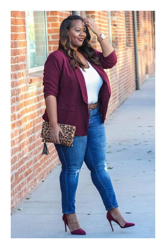jeans roto y blazer color talle grandes