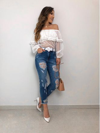 jenas y blusa blanca verano noche