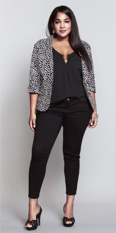 look noche jeans negro y blazer