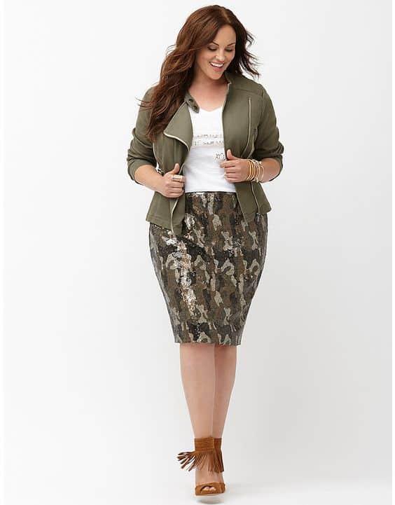 falda tubo y chaqueta talla grande