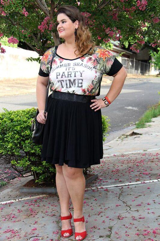 look noche informal talla grande minifalda