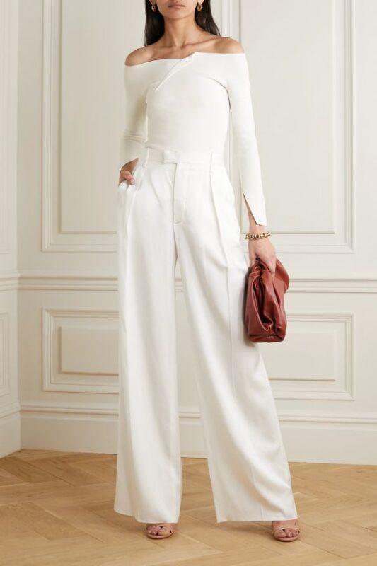 pantalon con remera mangas largas blancas noche formal