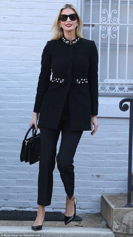 traje negro mujer formal noche