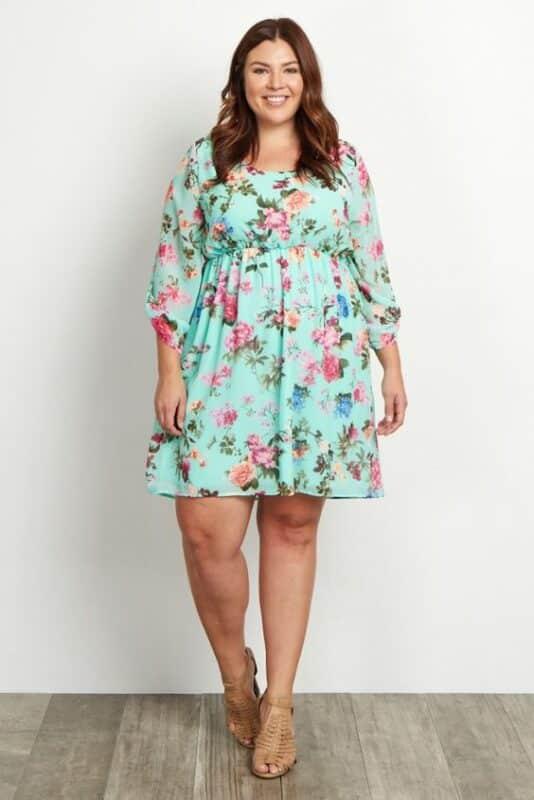 vestido corto estampa floral para una noche informal gorditas