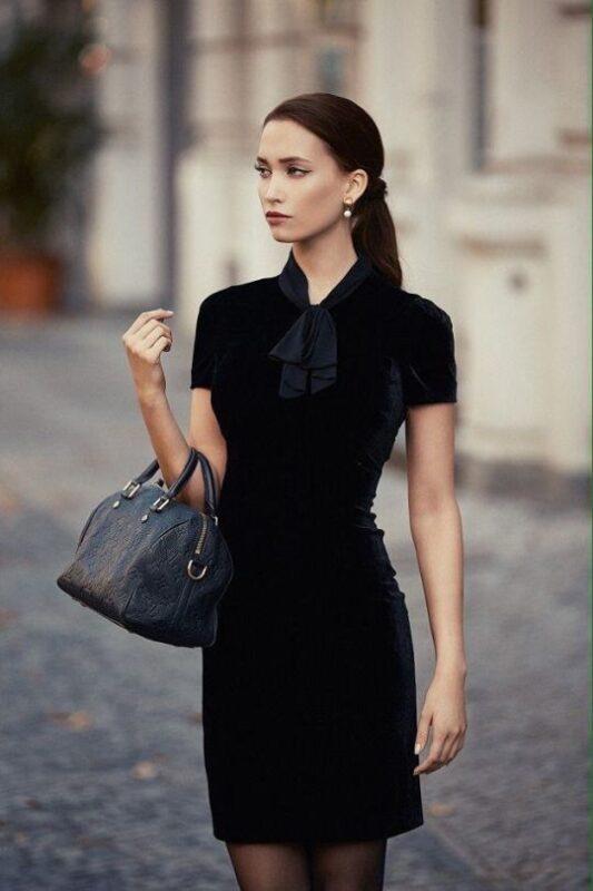 vestido negro formal para la noche