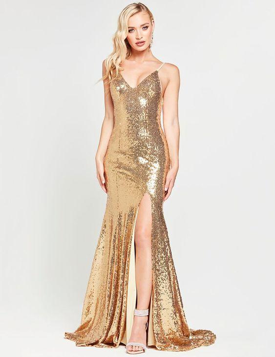 Vestido largo dorado elegante