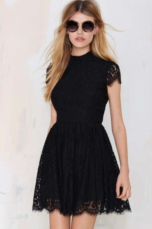 vestido corto negro guipiur noche