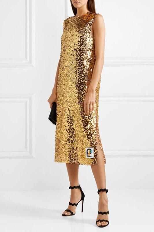 vestido dorado largo de lentejuelas