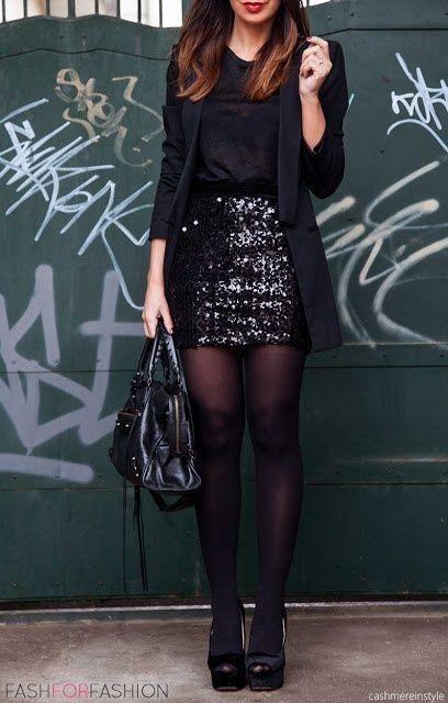 look noche con falda de lenteuelas negra