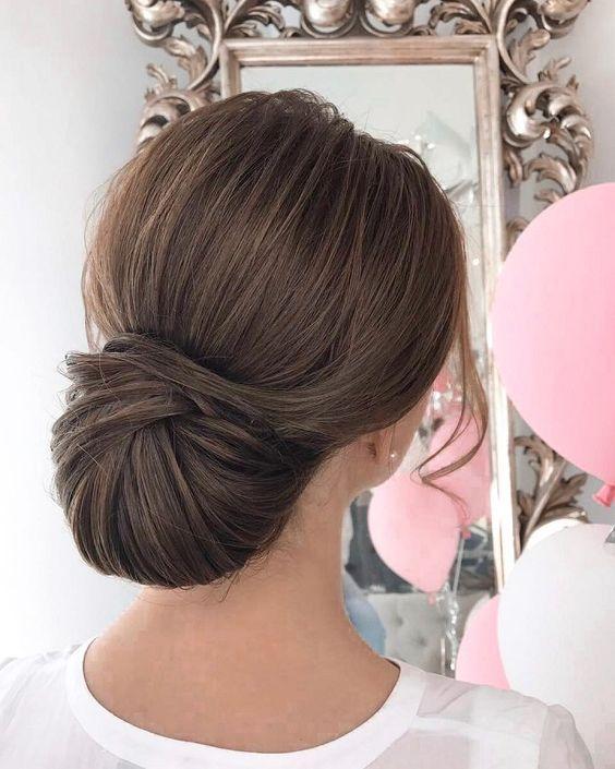 peinado regocogido formal y elegante
