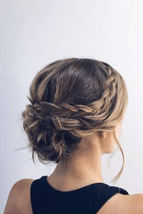 peinado regogido con trenzas