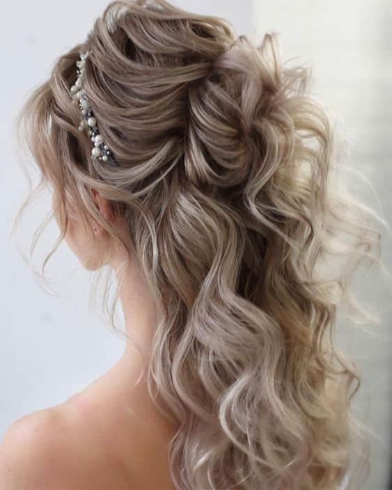 peinados noche semirecogidos