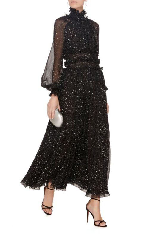 Vesstido negro para noche de invierno elegante