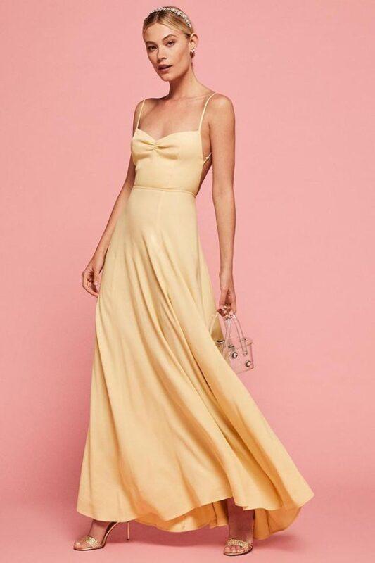 Vestido largo amarillo pastel