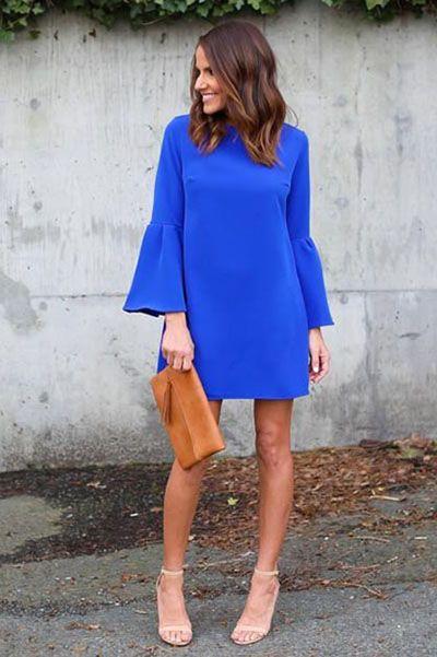 vestido corto con mangas azul francia para la noche