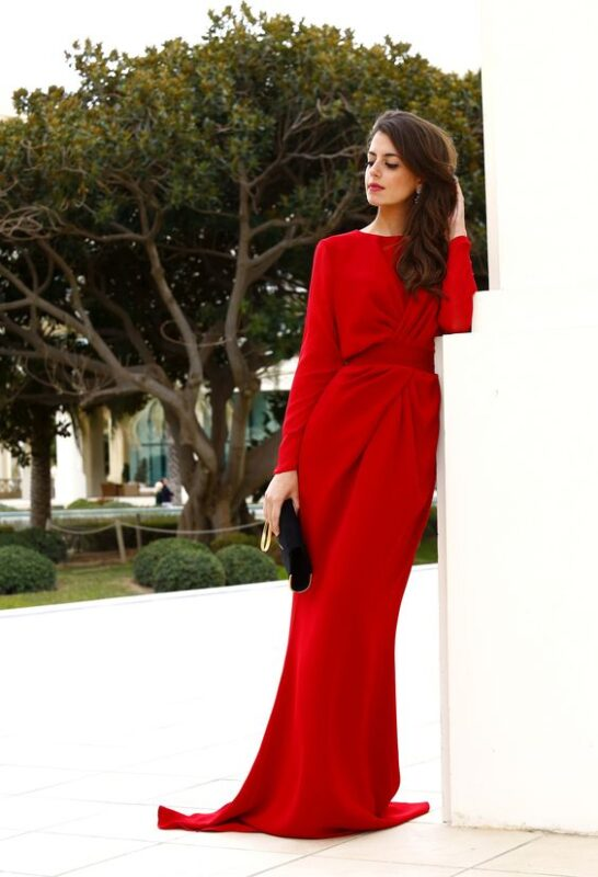 Vestido Rojo largo con mangas