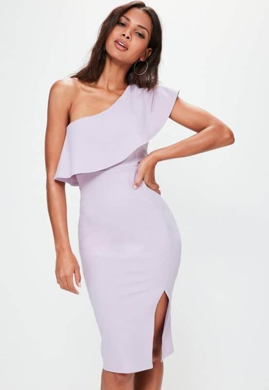 Vestido corto ajustado formal lila