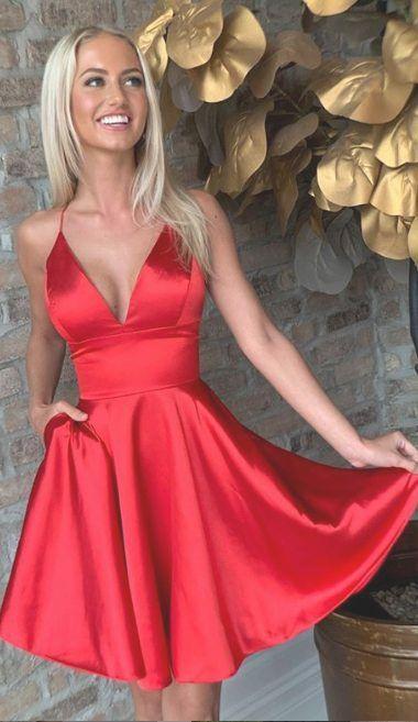 Vestido rojo de saten corto