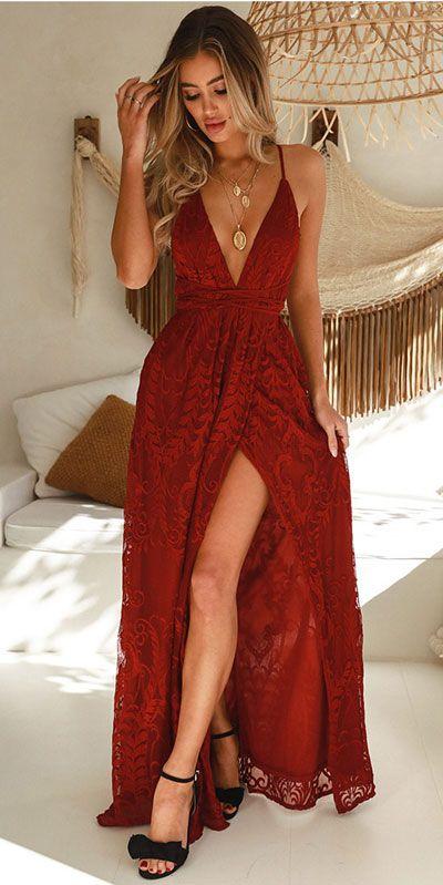 Vestido rojo largo de encaje