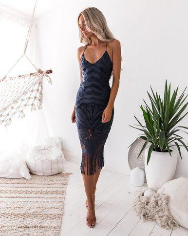 vestido tubo azul oscuro