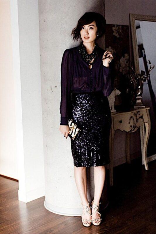 Outfit con minifalda negra de lentejuela Outfits para navidad
