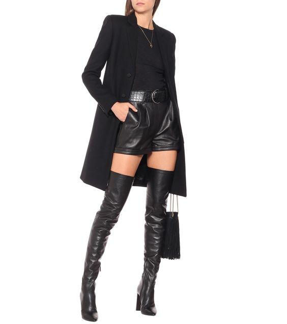 Look noche Short cuero negro para invierno con blazer