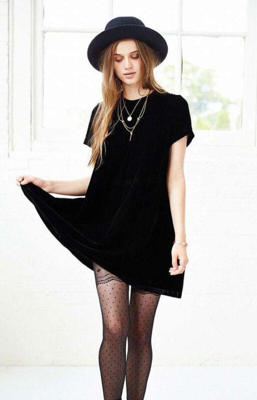 vestido de terciopelo negro recto