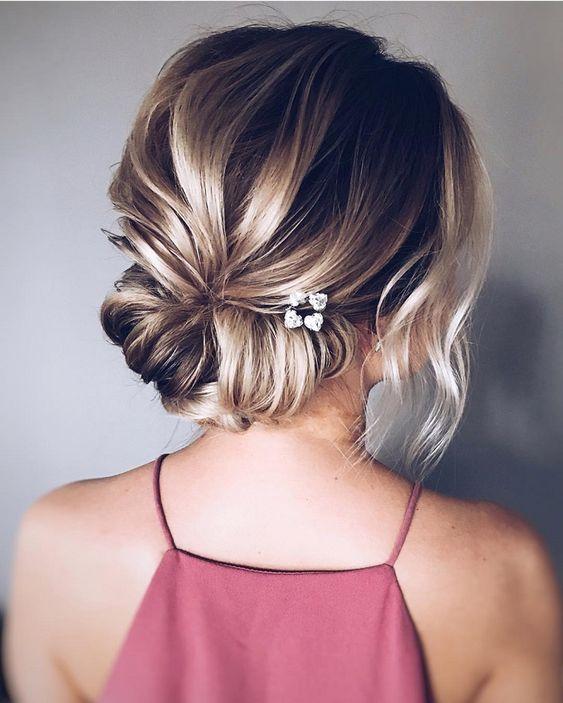 recogido para cabello corto con hebilla