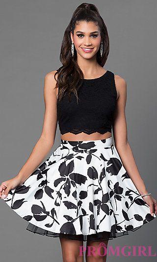 top y minifalda plisada noche cumple