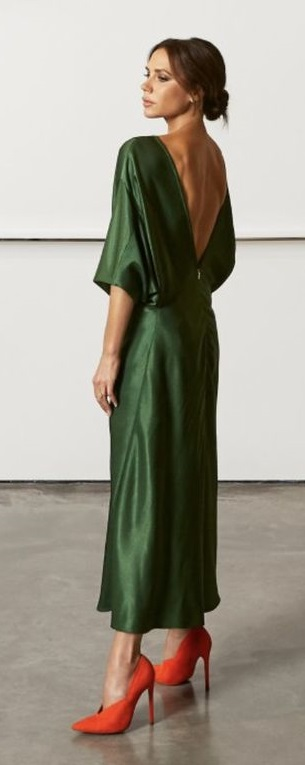 vestido con espalda abierta