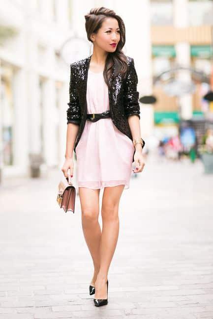 chaqueta de lentejuela con vestido de fiesta