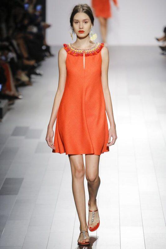 Vestido suelto naranja