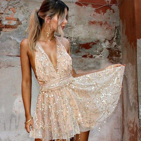 vestido con bordado dorado para ir a bailar 1