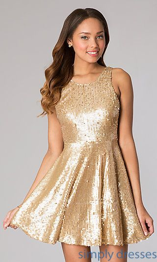 vestido de lentejulas dorado