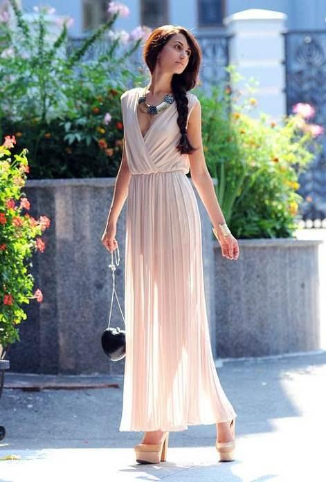 vestido largo para una fiesta al aire libre